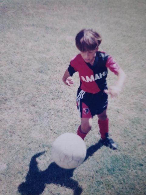 En el baby: Cobelli se inició en el club San Telmo de Funes y después pasó a Newell