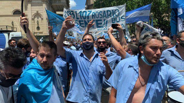 Los choferes marcharon una vez más por las calles de Rosario.