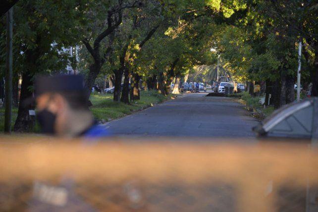 Este martes se rompió el diálogo. Iniciaron obras con vallado y cordón policial en bulevar Racedo. Entregaron petitorio en Defensoría del Pueblo de Paraná