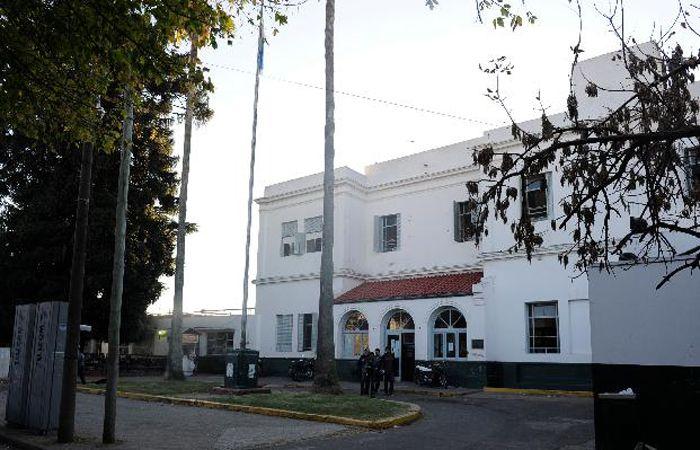 El joven de 16 años murió en el Roque Sáenz Peña mientras estaba siendo operado.