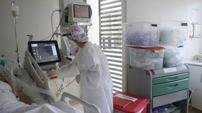 las-terapias-intensivas-hospitales-y-sanatorios-trabajan-al-filo-del-cien-ciento-ocupacion-hace-sema