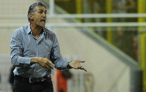 Como entrenador, Edgardo Bauza sumó su quinta victoria frente a Central