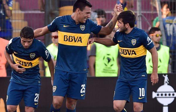 Protagonistas. El pibe Sebastián Palacios y Andrés Chávez marcaron los goles. El uruguayo Lodeiro dio el pase en el segundo tanto.