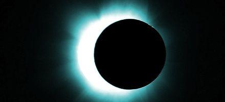 Esta noche podrá verse en Rosario un eclipse total de Luna en todo su esplendor