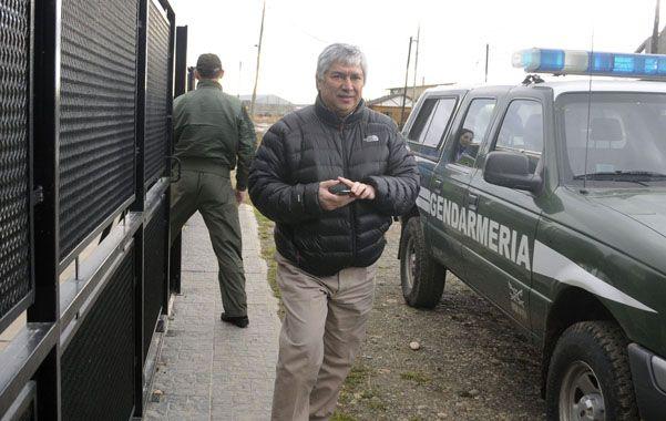 Sorpresa. El empresario K llegó al galpón donde guarda sus autos cuando los gendarmes ya habían ingresado.