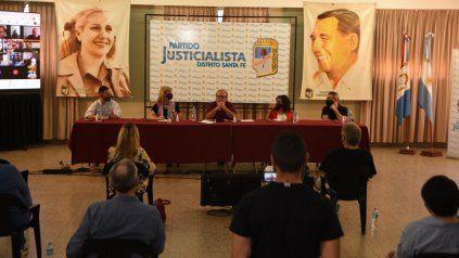 El PJ santafesino se reunirá el 15 de mayo para formalizar el marco de alianzas para las elecciones.