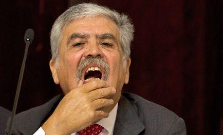 Avanza la expropiación de YPF y España advierte más represalias