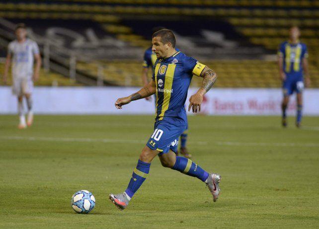 Emblema canalla. Emiliano Vecchio es el máximo artillero de Central con dos goles en el torneo.