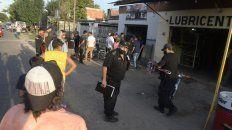 un muerto y un herido grave en un ataque a un taller de motos en barrio larrea