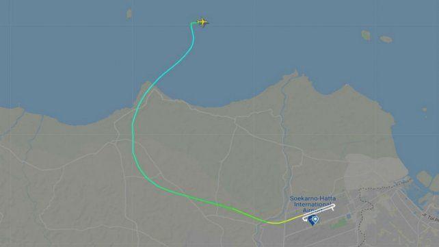 La ruta del vuelo, de acuerdo al sitio FlightRadar24.