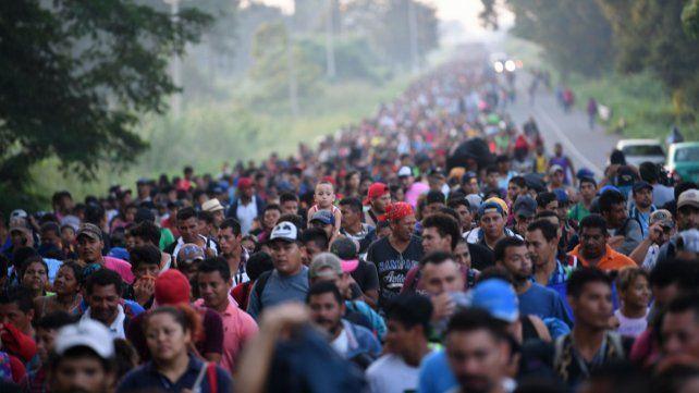 ¿Por qué una caravana de 7.000 migrantes quiere entrar en EE.UU.?