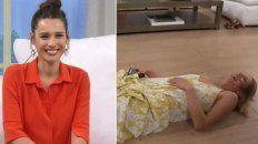 Pampita sonríe después de que la panelista Paula Galloni se cayera del skate.
