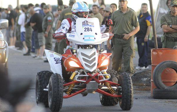 Un recuerdo. Heguiabehere manejando el cuatri en el Dakar 2011.