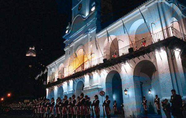 El cabildo porteño fue el escenario en el que transcurren las reuniones que desembocaron en la emancipación de la Nación.