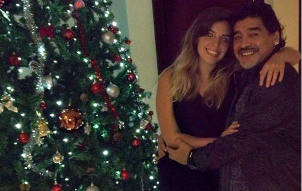 Maradona celebró la Navidad en compañía de su hija Dalma en Dubai
