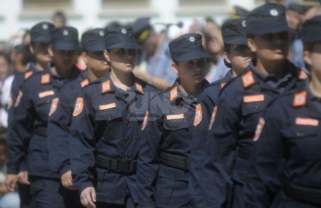 Censo policial. Más de 19 mil efectivos policiales de todo el territorio santafesino brindaron información relevante sobre el funcionamiento de la Policía.