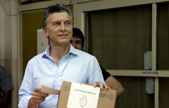 El jefe de Gobierno porteño emitió su sufragio en una escuela de Palermo.