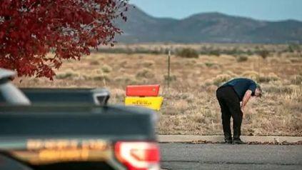 Alec Baldwin disparó un arma de utilería y mató por accidente a la directora de fotografía Halyna Hutchins e hirió al realizador Joel Souza.