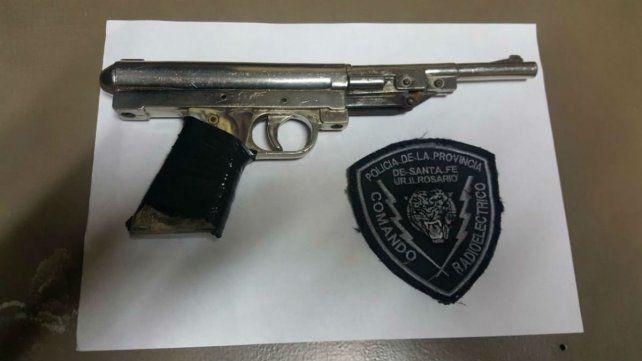 El arma que tenían en su poder los asaltantes.
