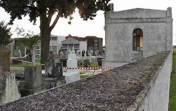 Escenario del crimen. Tosi apareció muerto en el cementerio.