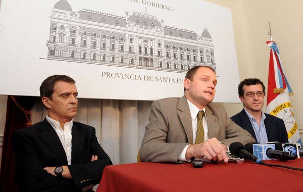 La provincia creó un 0800 gratuito por el vandalismo registrado en Rosario