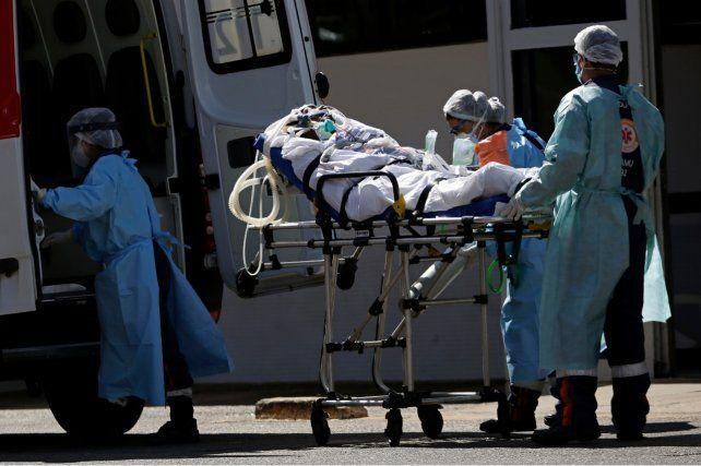 Asistencia. Un paciente es ingresado a un hospital de Brasilia.