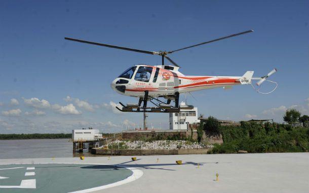En acción. Los helicópteros comenzaron a sobrevolar la zona.