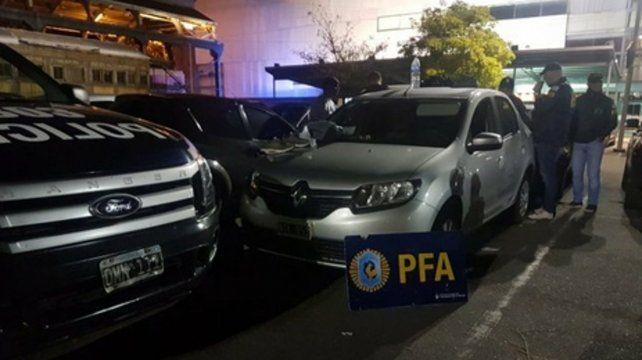 En acción. La Policía Federal montó el operativo en las inmediaciones del salón en el que tocó el DJ israelí Guy J.