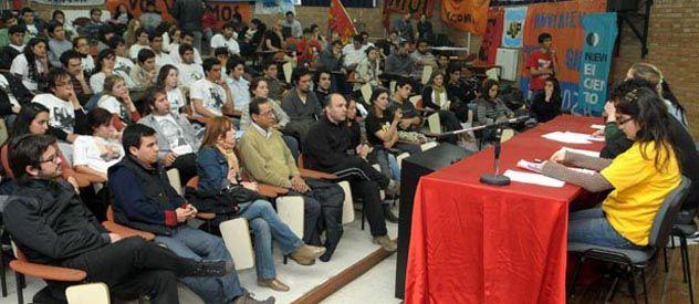 La conformación de Espacio por la FUA de los Estudiantes se dio en un encuentro que se realizó ayer en el aula magna de la Facultad de Artes y Diseño