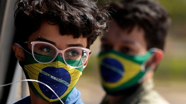 En un mes, Brasil bajó un 12 por ciento el número de muertes por coronavirus