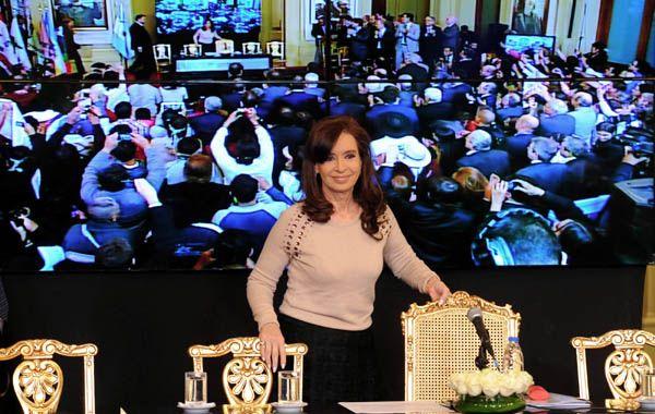 """Cristina exhortó a la dirigencia sindical a """"trabajar fuertemente para conseguir que se mantengan los puestos de trabajo""""."""