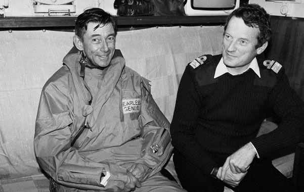 En Malvinas. John Woodward (derecha)