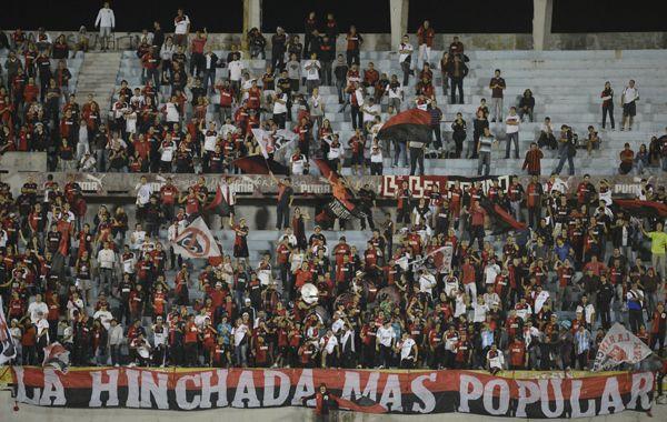 Los hinchas de Newells regresaron a Rosario sin contratiempos