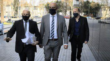 El fiscal Ponce Asahad llegó temprano al Centro de Justicia Penal para asistir a la audiencia imputativa.