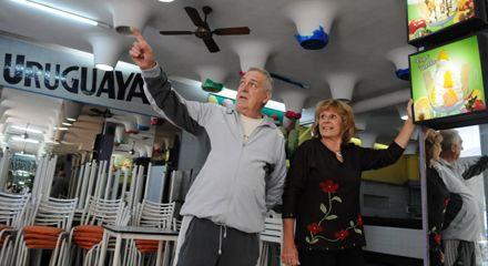 Después de 67 años, La Uruguaya cerró sus puertas y sirvió su último helado