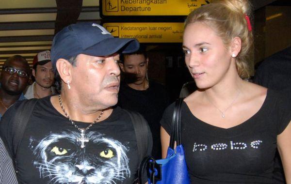 Maradona decidió echar a Rocío Oliva de Dubai
