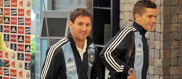 Con Messi de guía