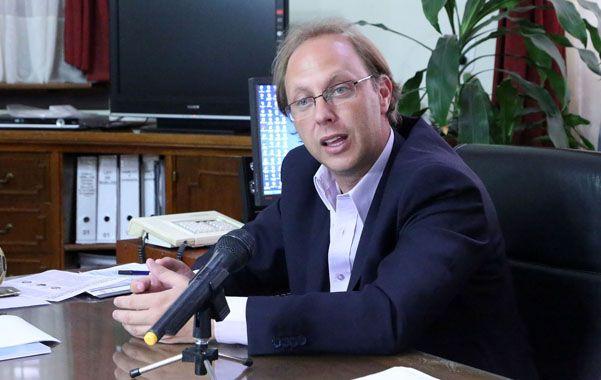 Ministro. Gonzalo Saglione