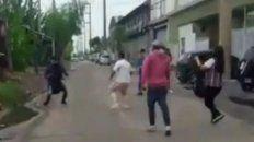 carniceros corrieron a golpes a un grupo de manifestantes veganos