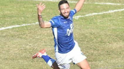 Goleador albo. Nicolás Heiz marcó el primer tanto en el triunfo ante Deportivo Paraguayo. El delantero lleva 4 goles anotados en el Apertura
