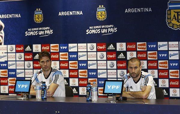 José Basanta y Rodrigo Palacios respondieron hoy las preguntas de los periodistas.(Foto: AFA)