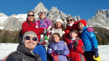 Las hermanas Amato y sus familias, durante el último encuentro que tuvieron en Italia.