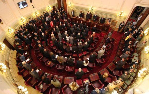 El gobernador realizó el pedido a la Legislatura a través del decreto Nº 3.591.