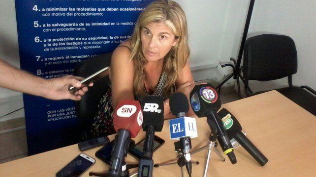 La fiscal Ana Laura Gioria le atribuyó a J.C.G. ser autor de un homicidio doblemente calificado por el empleo de arma de fuego y criminis causa