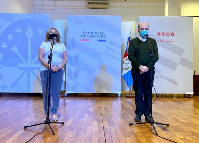 Sonia Martorano y el secretario de Salud municipal