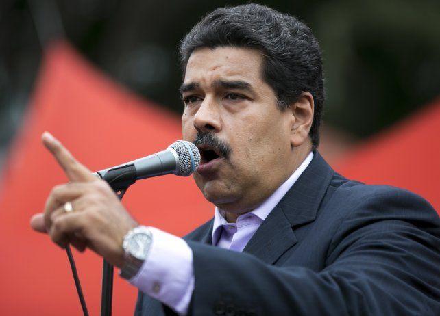 La coalición opositora Mesa de la Unidad Democrática (MUD) acusa al CNE de servir al chavismo.