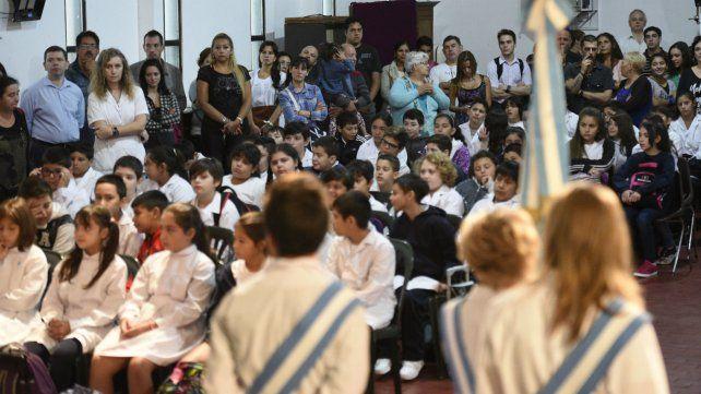 Los chicos regresan a las aulas.