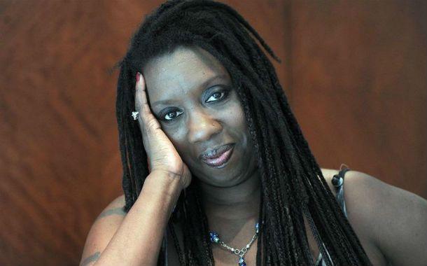 Voz poderosa. Durga McBroom defendió a Roger Waters de las críticas: No tiene por qué hacer canciones nuevas.