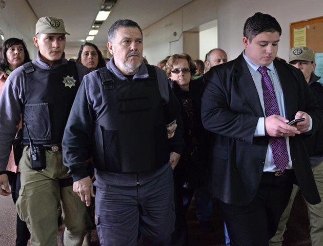 Los familiares de Paula Perassi llegaron esta mañana a Tribunales para la audiencia. (Foto:S.Salinas)
