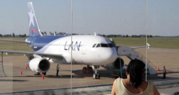 Giustiniani dijo que los vuelos de LAN no son competencia para Aerolíneas Argentinas